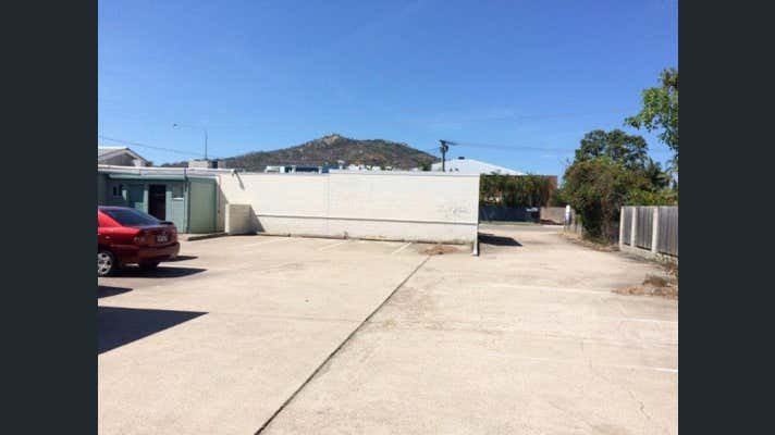 Shop 3, 116 Charters Towers Road Hermit Park QLD 4812 - Image 7