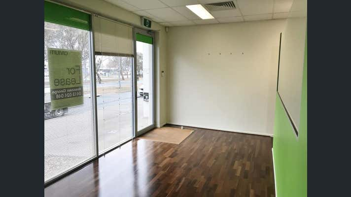 Unit, 59 Anthony Rolfe Avenue Gungahlin ACT 2912 - Image 2