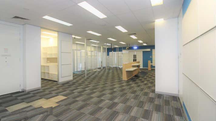 1 Plaza Circle Highfields QLD 4352 - Image 2