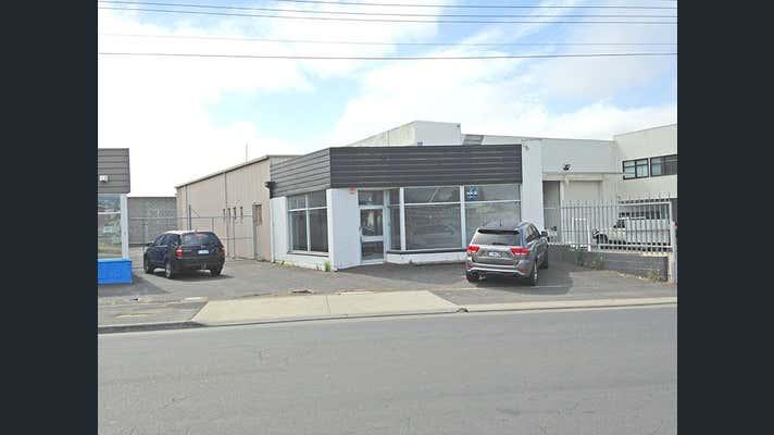 Unit 2/4 Lampton Ave Derwent Park TAS 7009 - Image 2