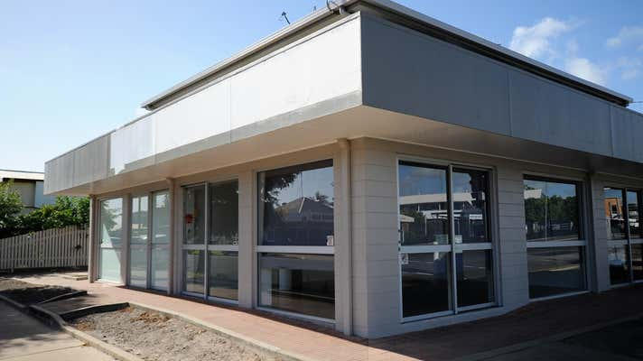 2/48 Maryborough Street Bundaberg South QLD 4670 - Image 1