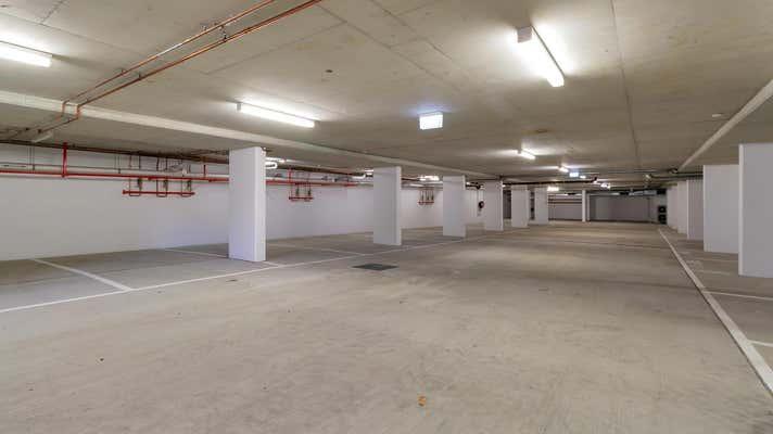 58 Brooke Avenue Southport QLD 4215 - Image 12
