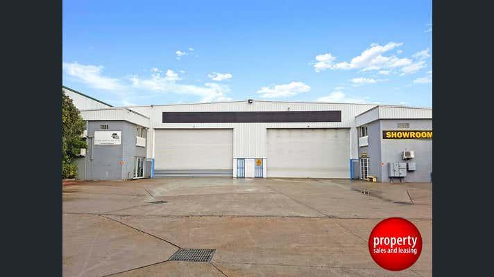 6 Noonan Place Ingleburn NSW 2565 - Image 2