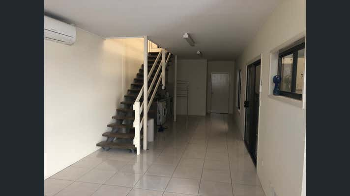 1/56 Redcliffe Gardens Drive Clontarf QLD 4019 - Image 2