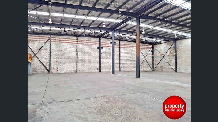 6 Noonan Place Ingleburn NSW 2565 - Image 1