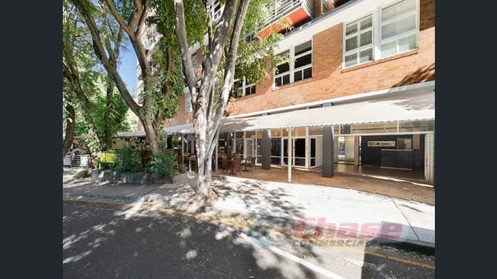 4/110 Macquarie Street Teneriffe QLD 4005 - Image 2