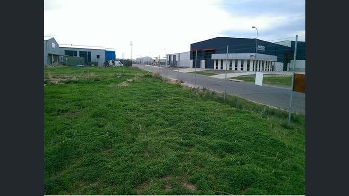 28 Farrow Circuit Seaford SA 5169 - Image 5