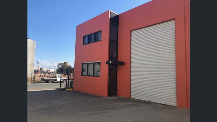 1/56 Redcliffe Gardens Drive Clontarf QLD 4019 - Image 1