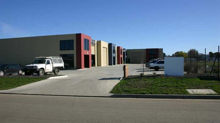 Shed 2, 6 Builders Close Wendouree VIC 3355 - Image 2