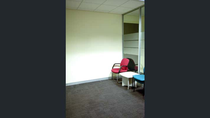 Suite 10, 33-35 Macedon Street Sunbury VIC 3429 - Image 2