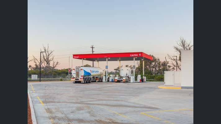 Caltex Limited, Corner Mandurah Road & Wellard Road Kwinana Beach WA 6167 - Image 21
