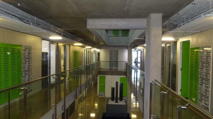 Level 4 Unit 405, 198 Harbour Esp Docklands VIC 3008 - Image 10