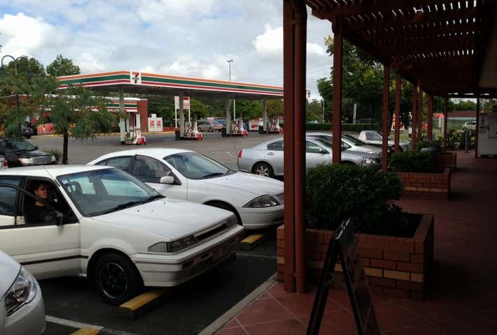 Shop 8, 114 Middle Road Hillcrest QLD 4118 - Image 1