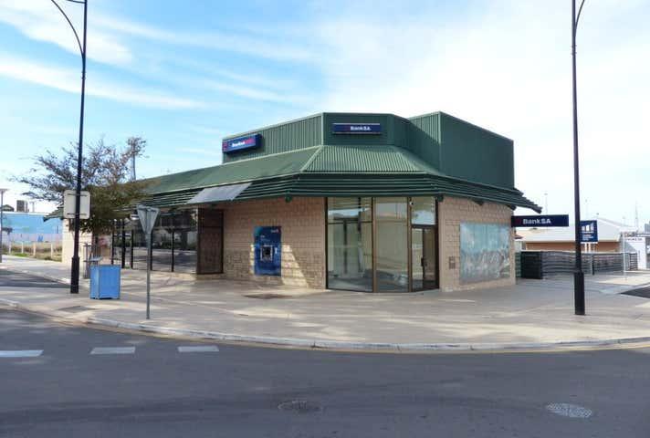 10 McKenzie Street Ceduna SA 5690 - Image 1