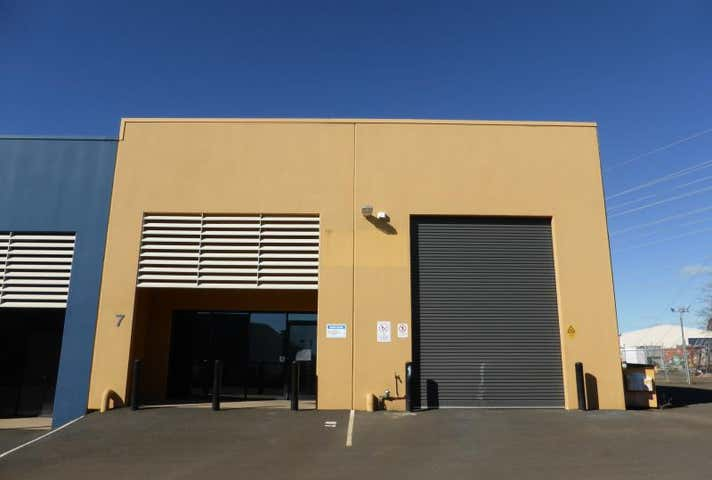 7/57 Douglas Mawson Road Dubbo NSW 2830 - Image 1