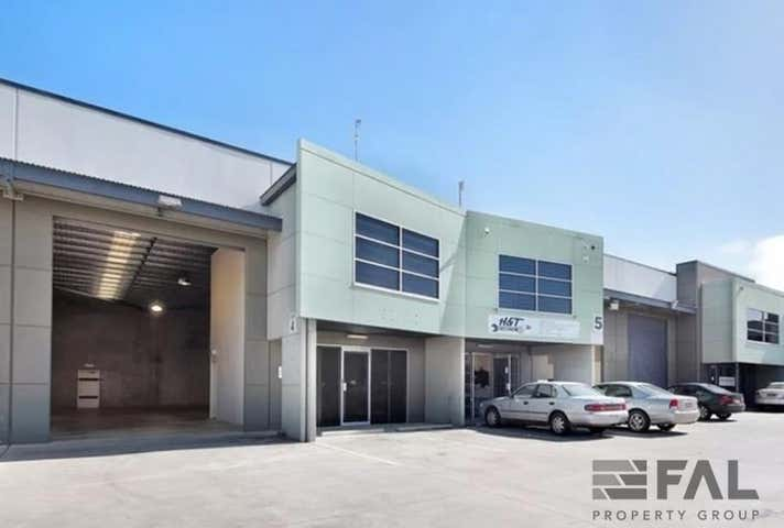 Unit  4, 14 Buttonwood Place Willawong QLD 4110 - Image 1