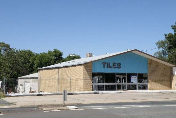 South West Tiles, 272 Boorowa Street Young NSW 2594 - Image 1