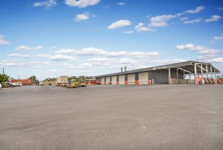 27 Heinemann Road Wellcamp QLD 4350 - Image 1