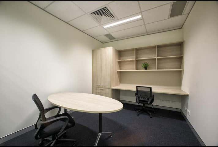 2 Person Office , 2.9, 371 Macarthur Avenue Hamilton QLD 4007 - Image 1