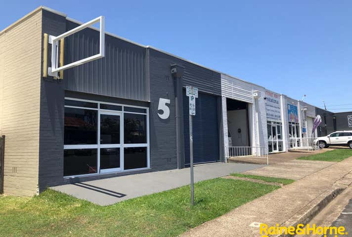 (L) Shop 5, 141 Gordon Street (Frontage to Gore street ) Port Macquarie NSW 2444 - Image 1