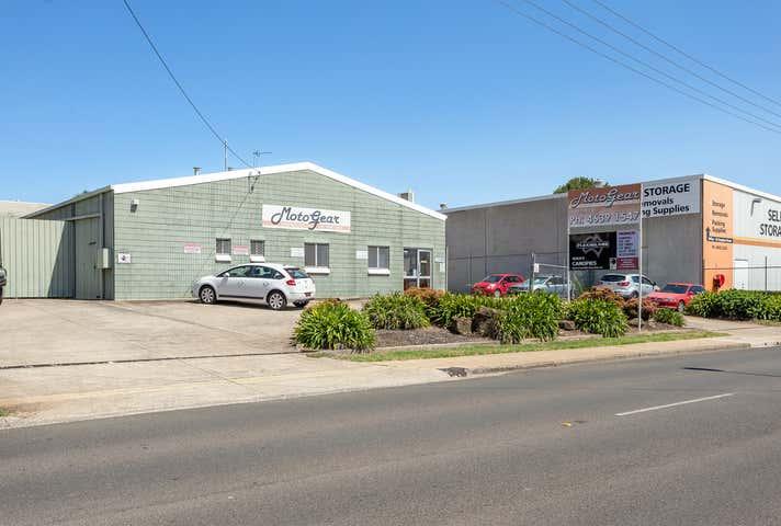 19 Pechey Street South Toowoomba QLD 4350 - Image 1