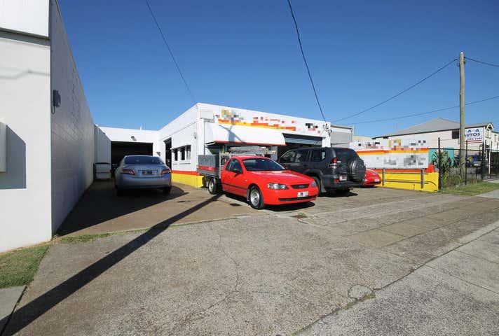 8 Thorne Street Wynnum QLD 4178 - Image 1
