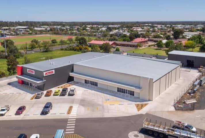 2/30 Cobbora Road Dubbo NSW 2830 - Image 1