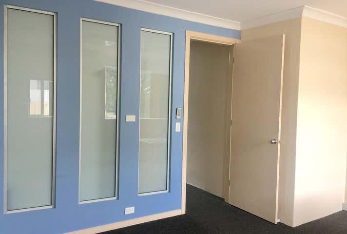 2/4 Blamey Street, Revesby, NSW 2212