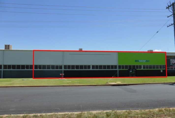 2/18 Mountbatten Drive Dubbo NSW 2830 - Image 1