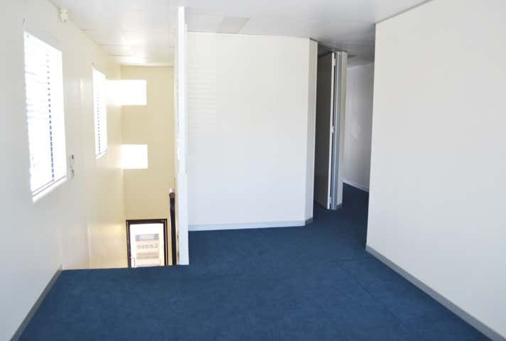 3B/3352 Pacific Highway Springwood QLD 4127 - Image 1