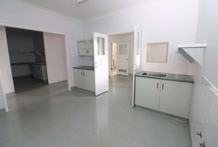 10/2-4 Plaza Circle Highfields QLD 4352 - Image 1