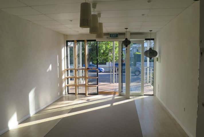 Unit 3B, 77 Oxford Street Bulimba QLD 4171 - Image 1