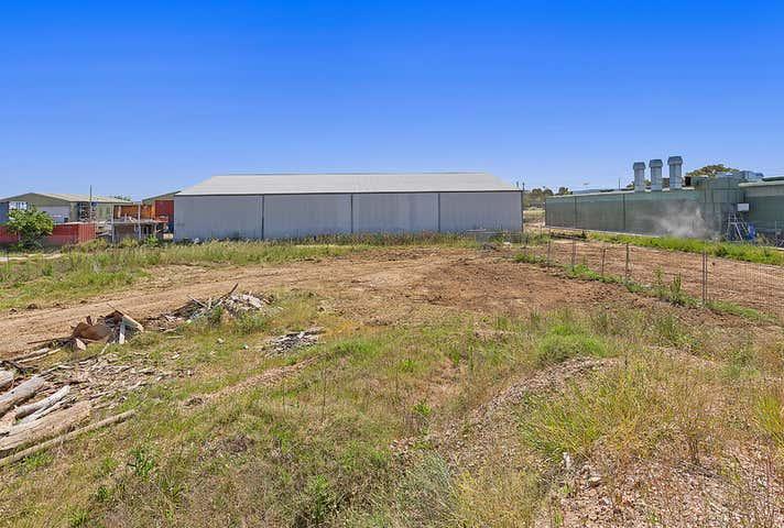 Rear 200-208 North Street North Albury NSW 2640 - Image 1