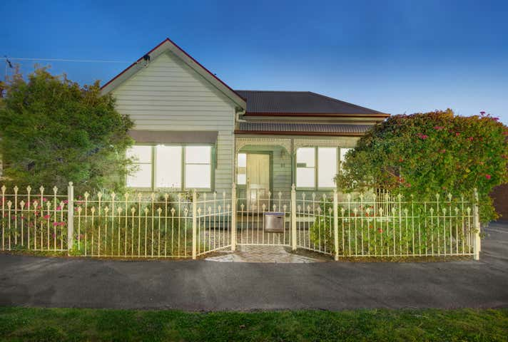 83 Garden Street East Geelong VIC 3219 - Image 1