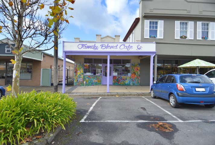 Family Blend cafe, 84 Albert Street Creswick VIC 3363 - Image 1