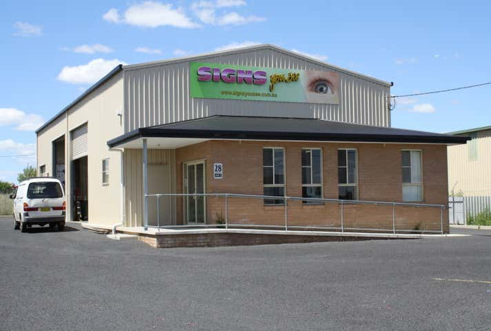Unit 1, 28 Saleyards Rd Parkes NSW 2870 - Image 1