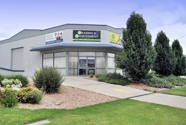 1/1 Riedell Street Wagga Wagga NSW 2650 - Image 1