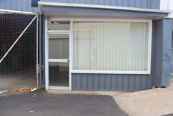 1/15 West Street Lane Mount Isa QLD 4825 - Image 1