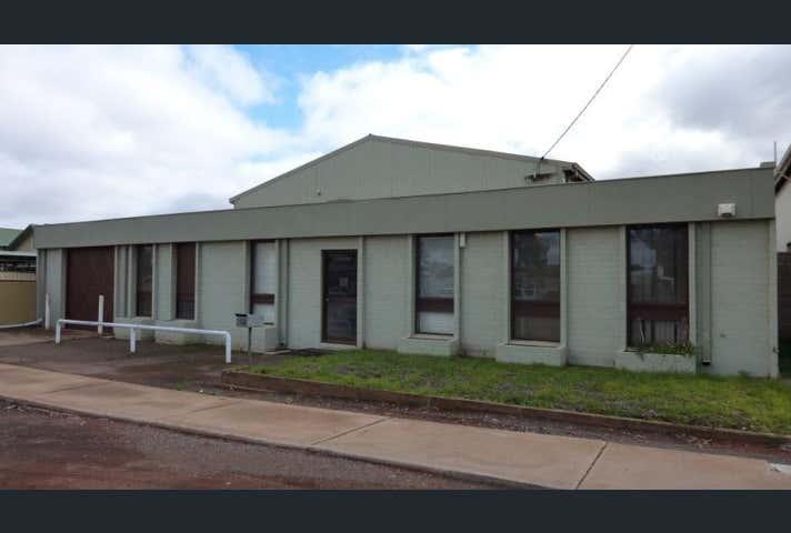 208 Dugan Street Kalgoorlie WA 6430 - Image 1