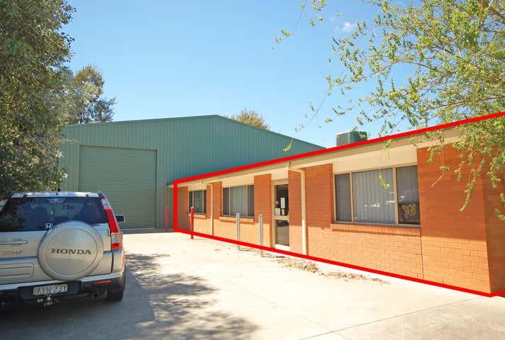 4A/48 Conrad Place Lavington NSW 2641 - Image 1