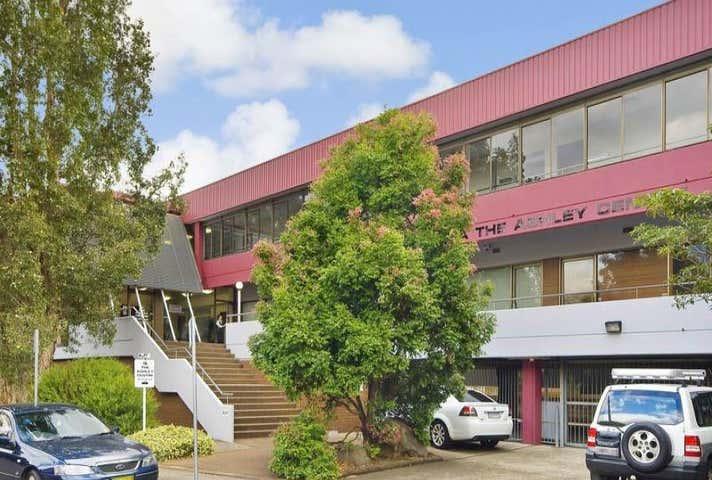 33/1A Ashley Lane Westmead NSW 2145 - Image 1