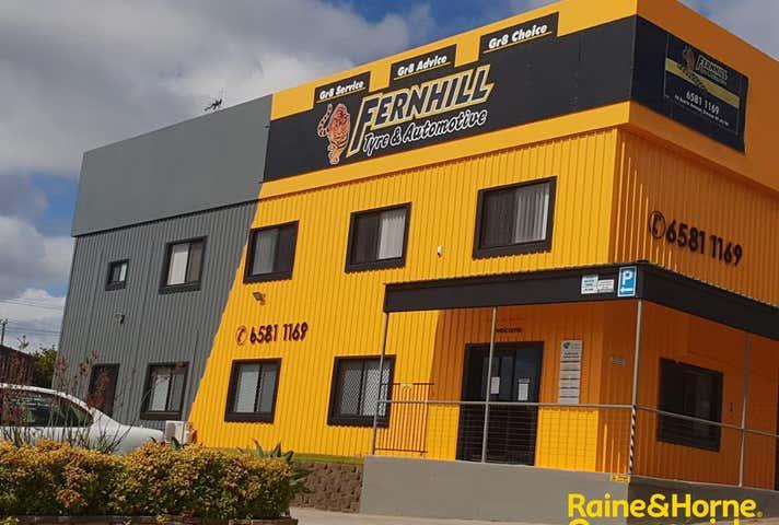 (L) Tenancy 1, 46 Acacia Ave Port Macquarie NSW 2444 - Image 1