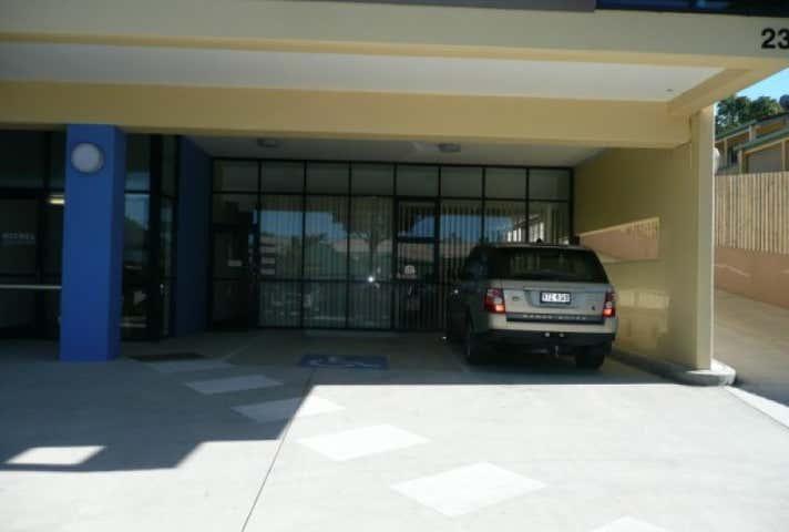 2/23 Cotton Street Nerang QLD 4211 - Image 1