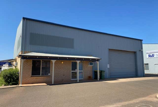 1/15 Williams Street West Kalgoorlie WA 6430 - Image 1