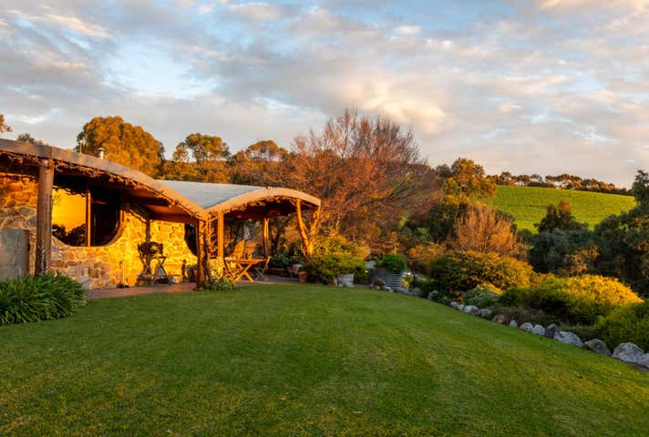 Commercial Farming & Rural Property For Sale in Australia