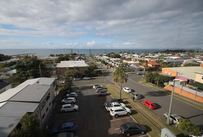 12/182 Bay Terrace Wynnum QLD 4178 - Image 1