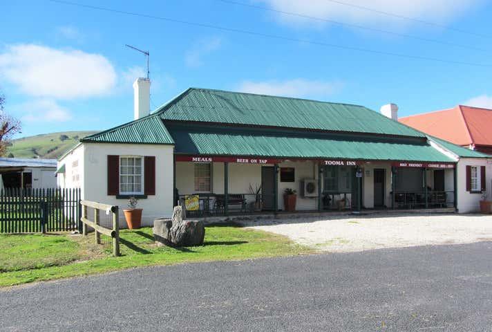 Tooma Inn, 9 Possum Point Road, Tooma, NSW 2642
