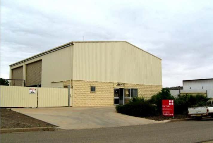 17 Tarcoola Rd East Wagga Wagga NSW 2650 - Image 1