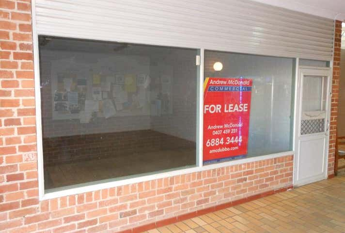 Shops 3 & 10, 76-82 Dandaloo Street Narromine NSW 2821 - Image 1