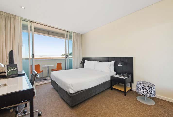 82/33 Mounts Bay Road, Perth, WA 6000
